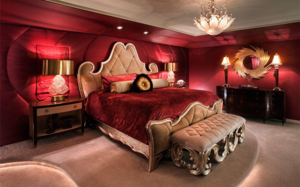 ( Romantic Bedroom - Image Courtesy of www.glubdubs.com )