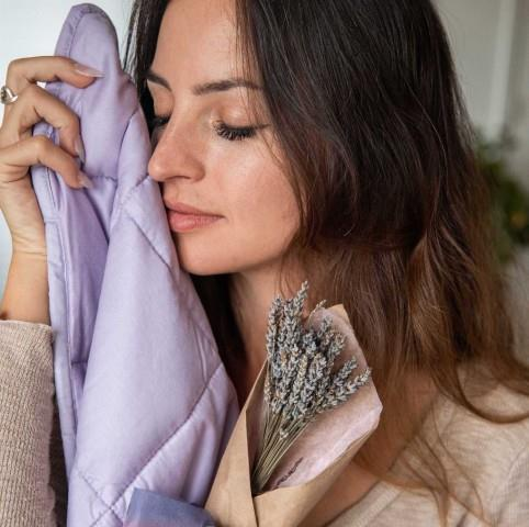 Infused weighted blanket